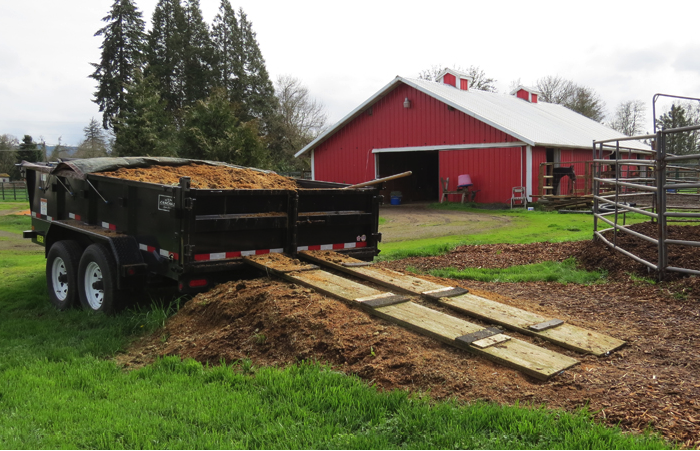 Figure 14. If you do not have enough land to apply manure safely, consider off-farm options that would use this resource. Photo: Melissa Fery, © Oregon State University