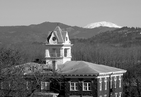 Figure 1.—The Columbia County courthouse and environs symbolize the juncture of forests and public policy making.